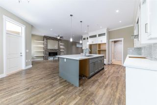 Photo 4: 11934 BLAKELY Road in Pitt Meadows: Central Meadows House for sale : MLS®# R2410127