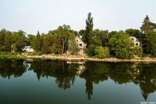 Photo 4: 5 Pike Street in Pike Lake: Residential for sale : MLS®# SK865375