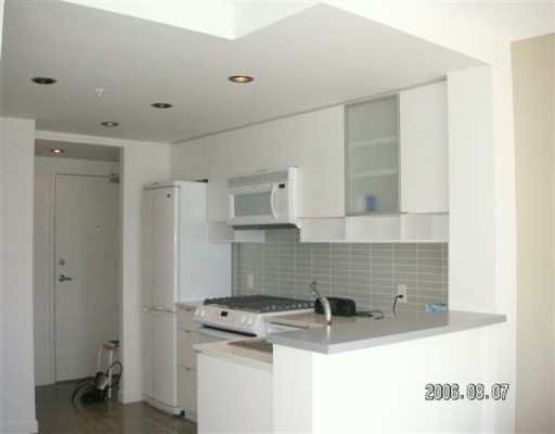"""Photo 2: Photos: 939 EXPO Blvd in Vancouver: Downtown VW Condo for sale in """"MAXII"""" (Vancouver West)  : MLS®# V608001"""