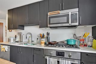 """Photo 3: 810 88 W 1ST Avenue in Vancouver: False Creek Condo for sale in """"THE ONE"""" (Vancouver West)  : MLS®# R2545345"""