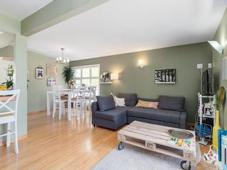 Photo 5: 5012 Bulyea Road NW in Calgary: Brentwood Detached for sale : MLS®# C4224301