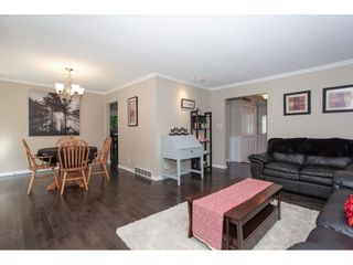 Photo 11: 6325 180A Street in Surrey: Cloverdale BC House for sale (Cloverdale)  : MLS®# R2314641