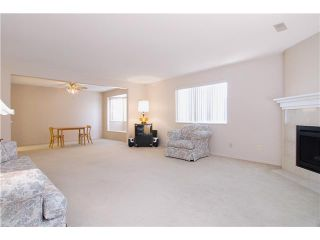 "Photo 5: 304 22213 SELKIRK Avenue in Maple Ridge: West Central Condo for sale in ""CAMBRIDGE HOUSE"" : MLS®# V889874"