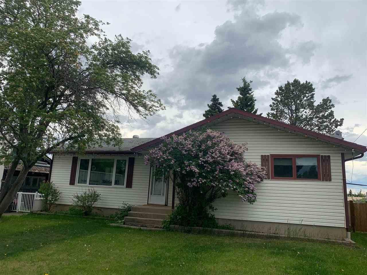 Main Photo: 9820 112 Avenue in Fort St. John: Fort St. John - City NE House for sale (Fort St. John (Zone 60))  : MLS®# R2576381