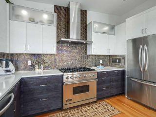 Photo 2: 14608 WEST BEACH Avenue: White Rock House for sale (South Surrey White Rock)  : MLS®# R2535601