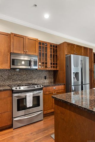 Photo 9: 108 2006 Troon Crt in : La Bear Mountain Condo for sale (Langford)  : MLS®# 858406
