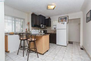 Photo 4: 2611 Fifth St in VICTORIA: Vi Hillside Half Duplex for sale (Victoria)  : MLS®# 786353