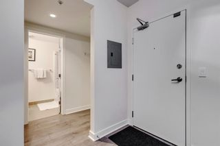 Photo 5: 604 30 Brentwood Common NW in Calgary: Brentwood Apartment for sale : MLS®# A1066602