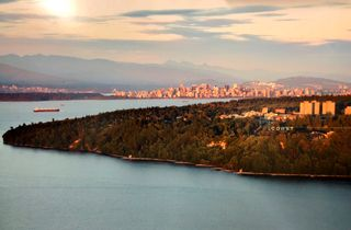 """Photo 25: 501 6063 IONA Drive in Vancouver: University VW Condo for sale in """"COAST"""" (Vancouver West)  : MLS®# R2402966"""