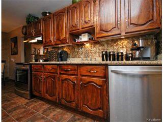 Photo 3: 146 Danbury Bay in WINNIPEG: Westwood / Crestview Residential for sale (West Winnipeg)  : MLS®# 1410862