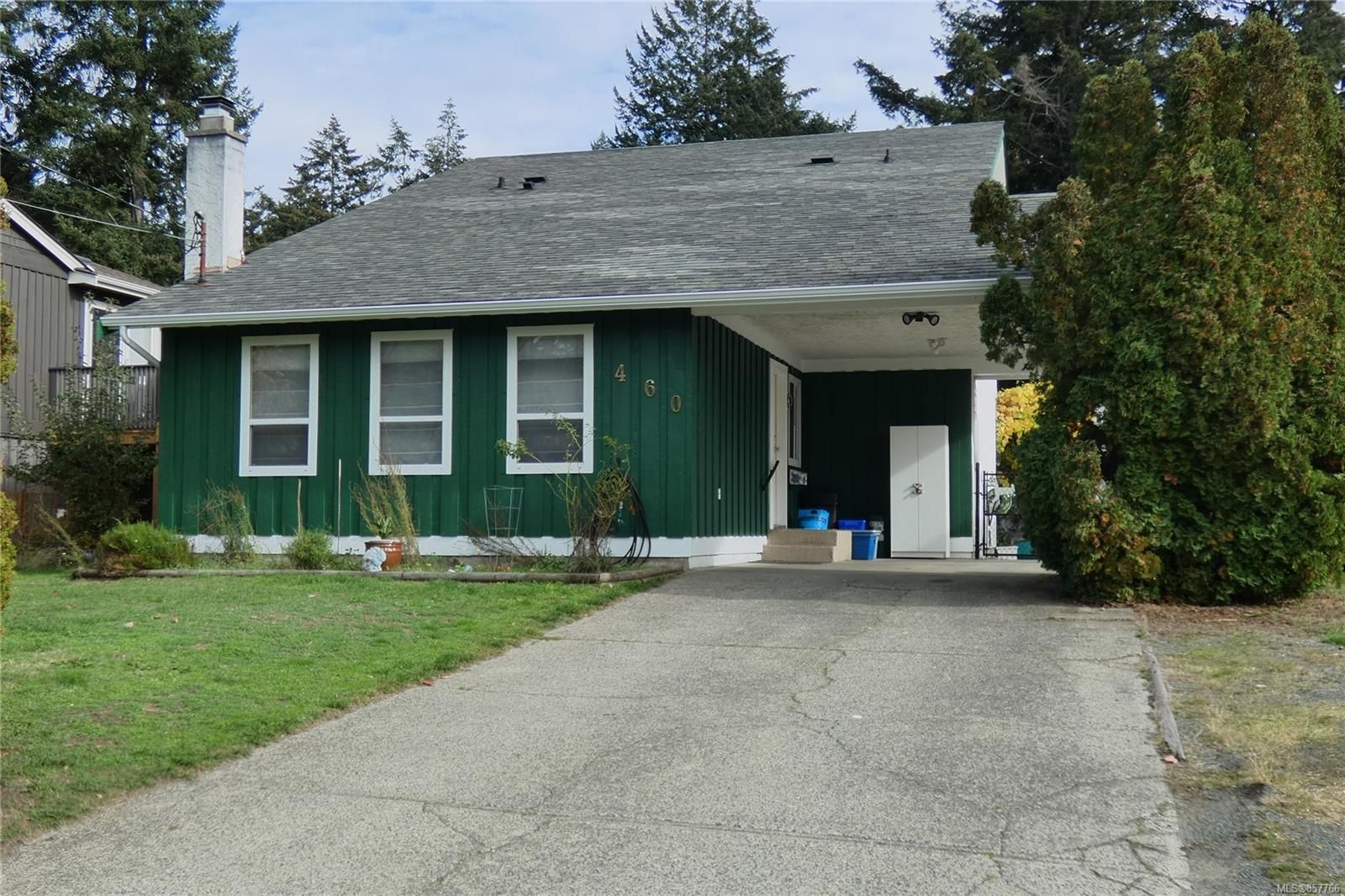 Main Photo: 460 Terrahue Rd in : Co Wishart South House for sale (Colwood)  : MLS®# 857766