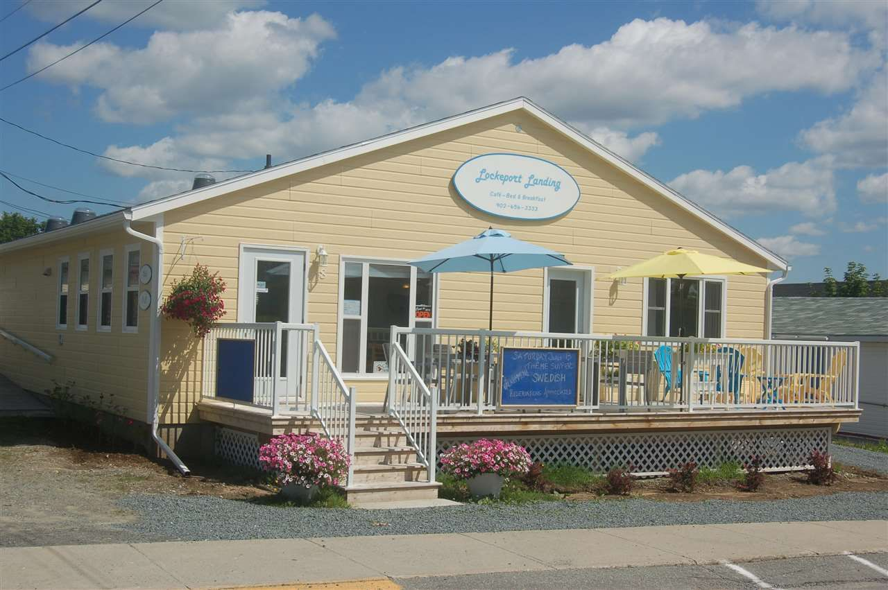 Main Photo: 18 Beech Street in Lockeport: 407-Shelburne County Commercial  (South Shore)  : MLS®# 202100401