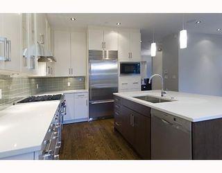Photo 5: 4597 W 14TH AV in Vancouver: House for sale : MLS®# V750981