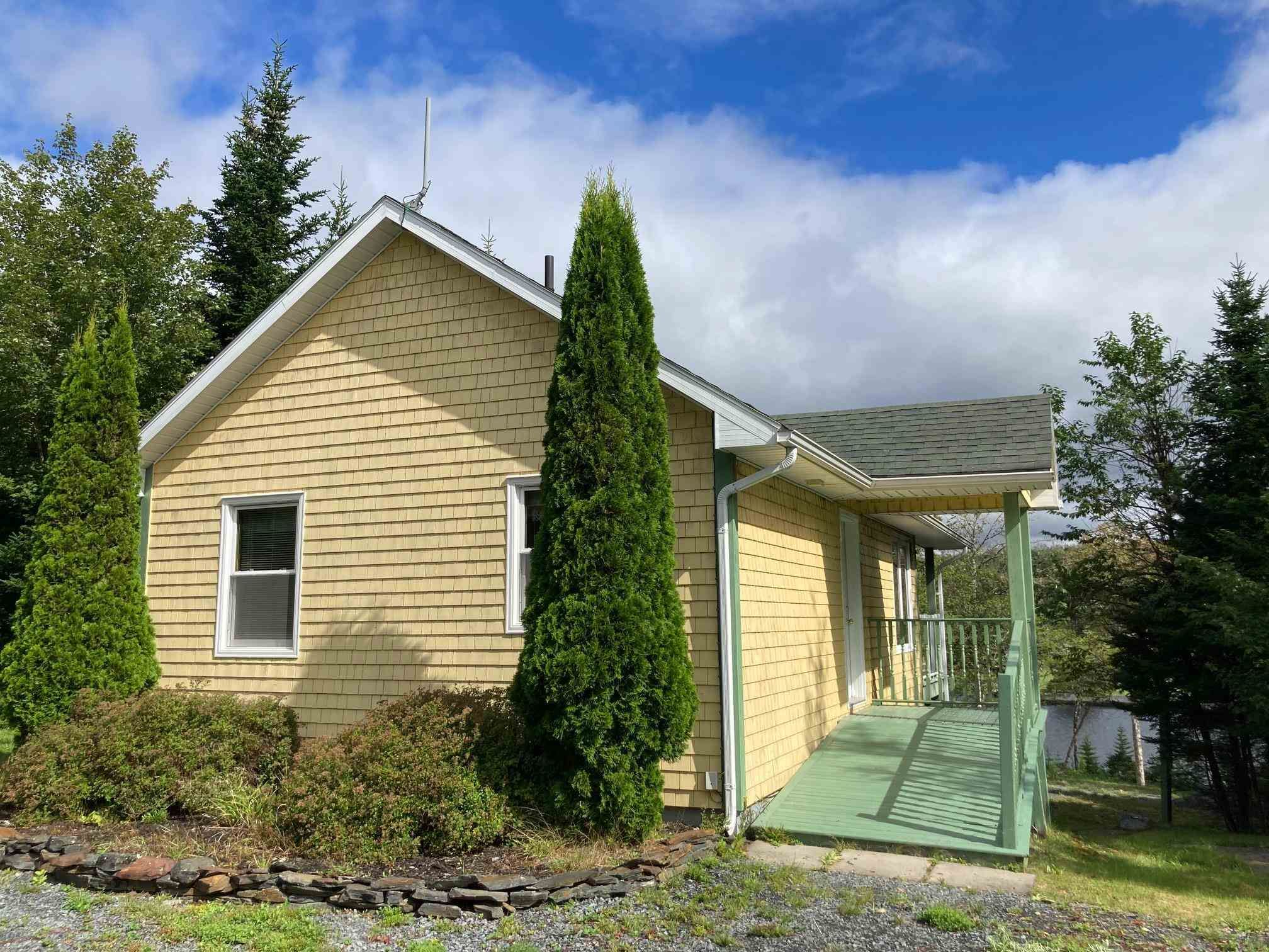 Main Photo: 491 Anderson Drive in Goldenville: 303-Guysborough County Residential for sale (Highland Region)  : MLS®# 202116185