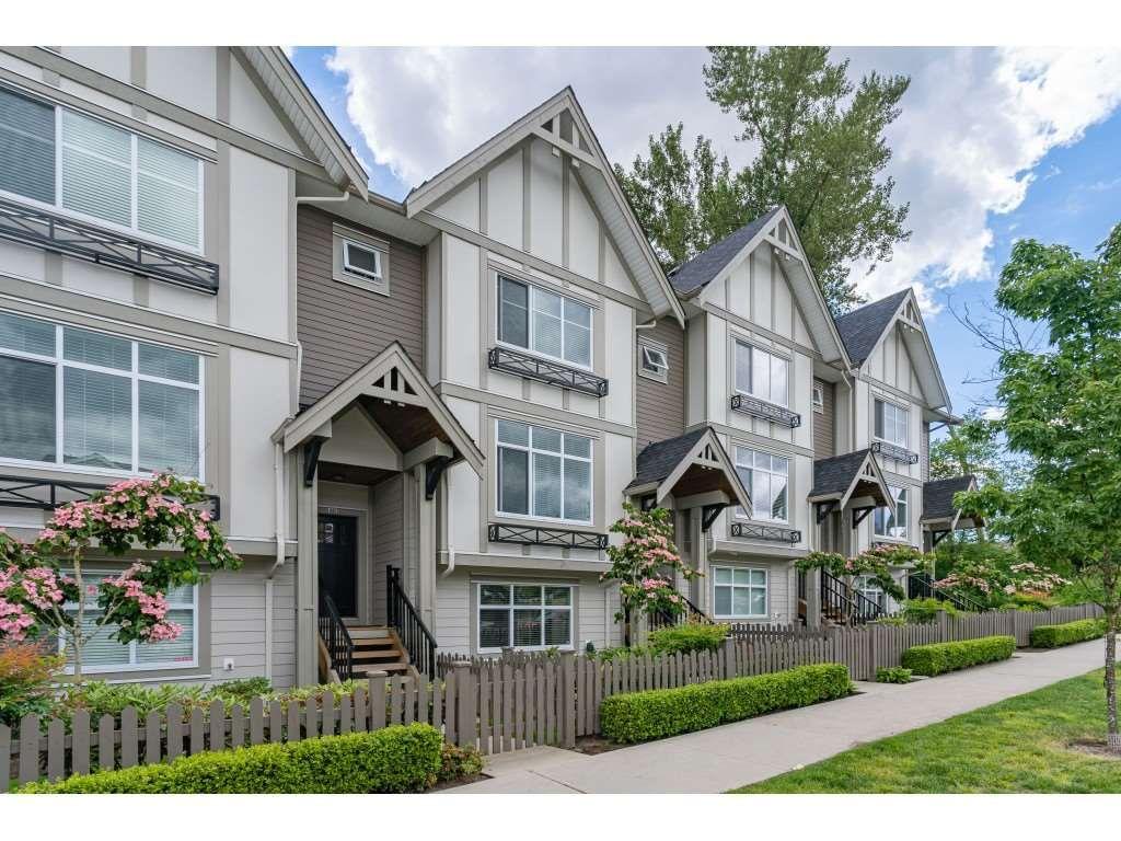 "Main Photo: 61 6591 195A Street in Surrey: Clayton Townhouse for sale in ""ZEN"" (Cloverdale)  : MLS®# R2376995"