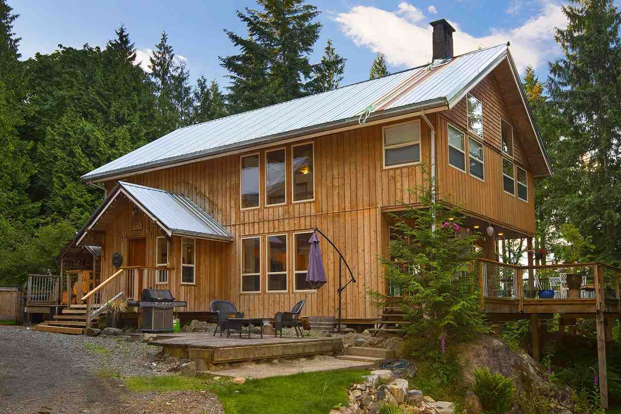 Main Photo: 894 BOLTON ROAD in : Bowen Island House for sale : MLS®# R2238962
