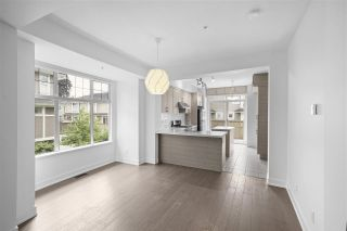 """Photo 6: 990 W 58TH Avenue in Vancouver: South Cambie Townhouse for sale in """"Churchill Gardens"""" (Vancouver West)  : MLS®# R2472481"""