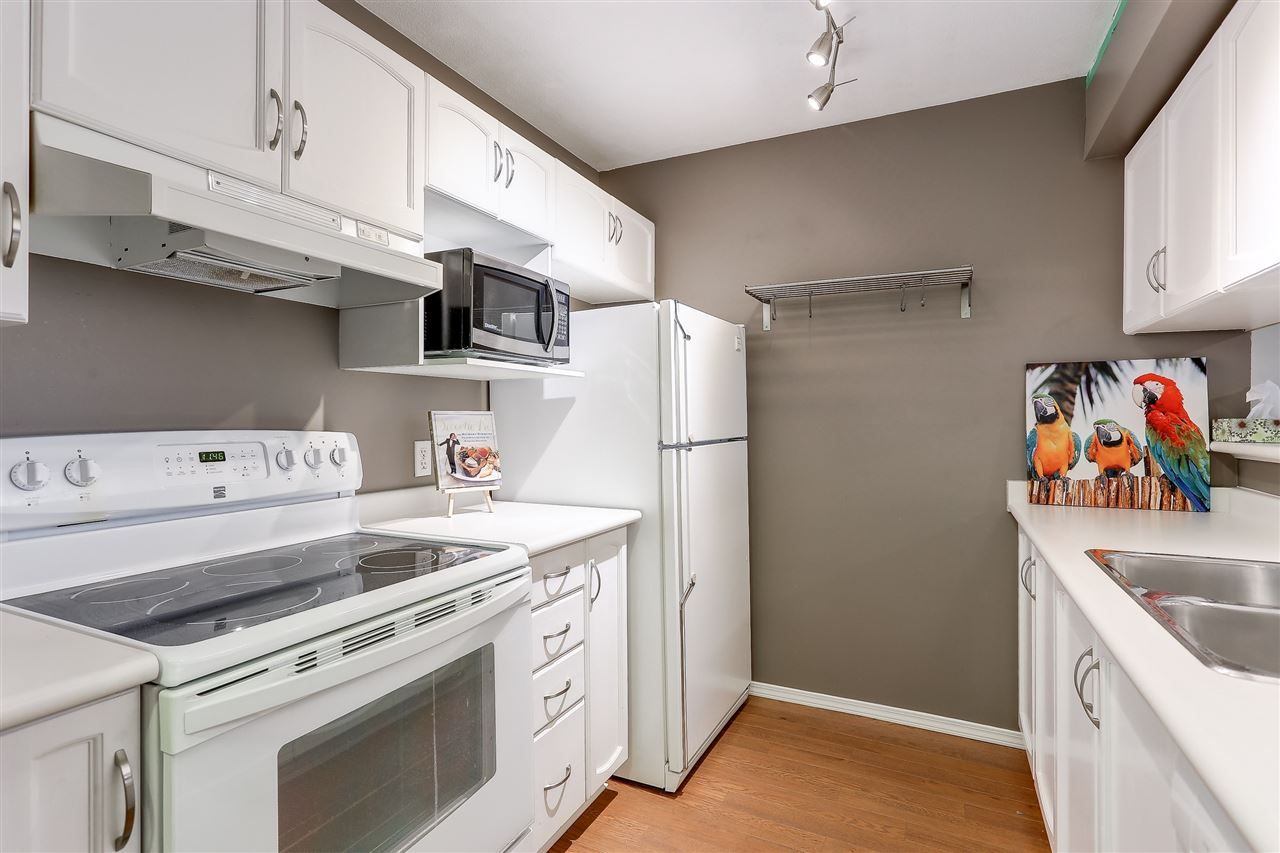 """Photo 4: Photos: 108 2435 WELCHER Avenue in Port Coquitlam: Central Pt Coquitlam Condo for sale in """"STIRLING CLASSIC"""" : MLS®# R2177963"""