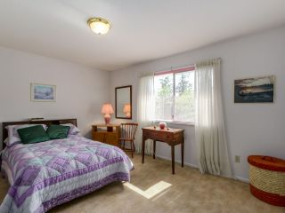 Photo 16: 2744 CANIM Avenue in Coquitlam: Coquitlam East House for sale : MLS®# R2059408