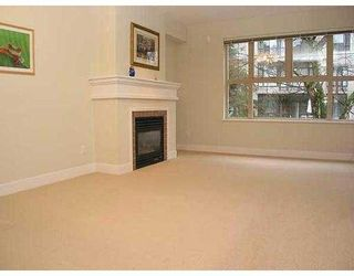 """Photo 2: 4655 VALLEY Drive in Vancouver: Quilchena Condo for sale in """"ALLEXANDRA HOUSE"""" (Vancouver West)  : MLS®# V629628"""
