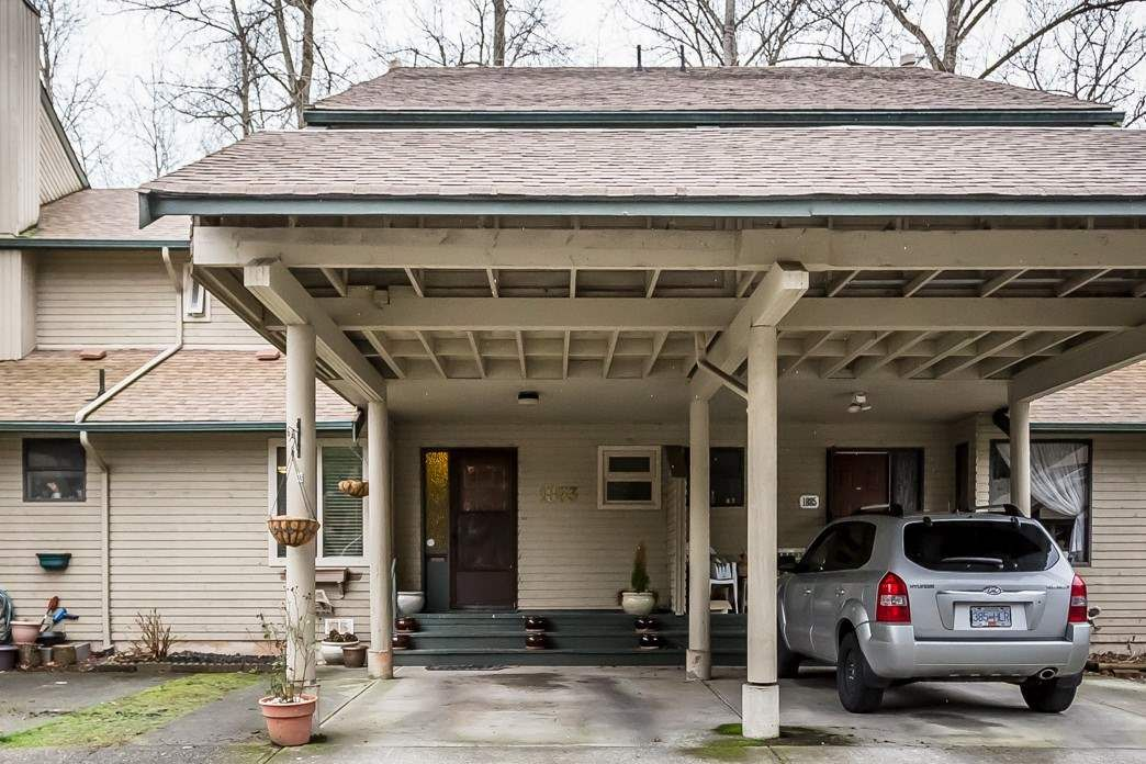 """Main Photo: 1883 LILAC Drive in Surrey: King George Corridor Townhouse for sale in """"Alderwood"""" (South Surrey White Rock)  : MLS®# R2238376"""