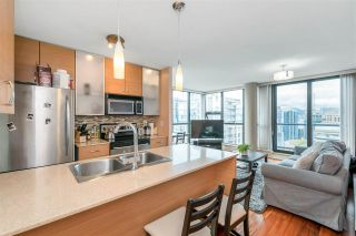 """Photo 9: 3407 909 MAINLAND Street in Vancouver: Yaletown Condo for sale in """"Yaletown Park II"""" (Vancouver West)  : MLS®# R2593394"""