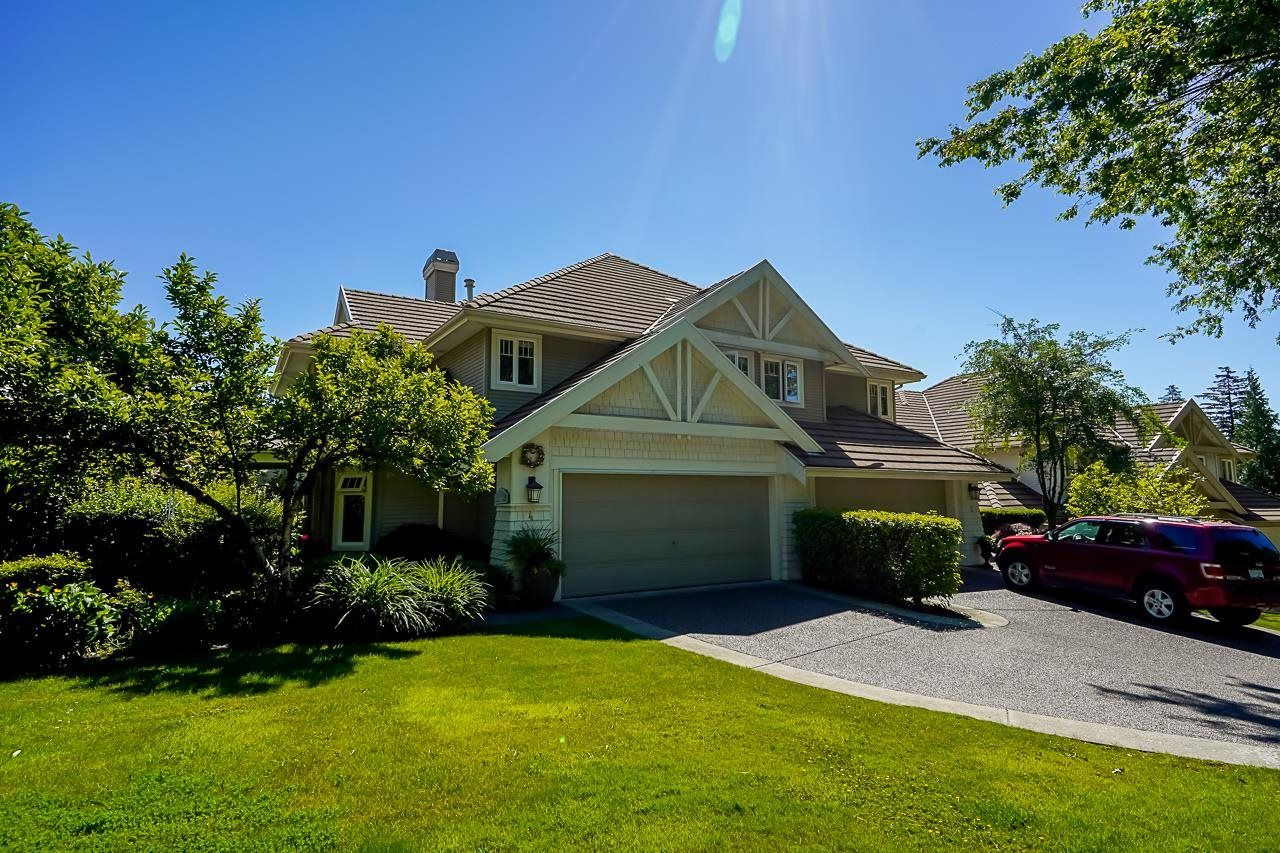 "Main Photo: 4 3405 PLATEAU Boulevard in Coquitlam: Westwood Plateau Townhouse for sale in ""Pinnacle Ridge"" : MLS®# R2617642"