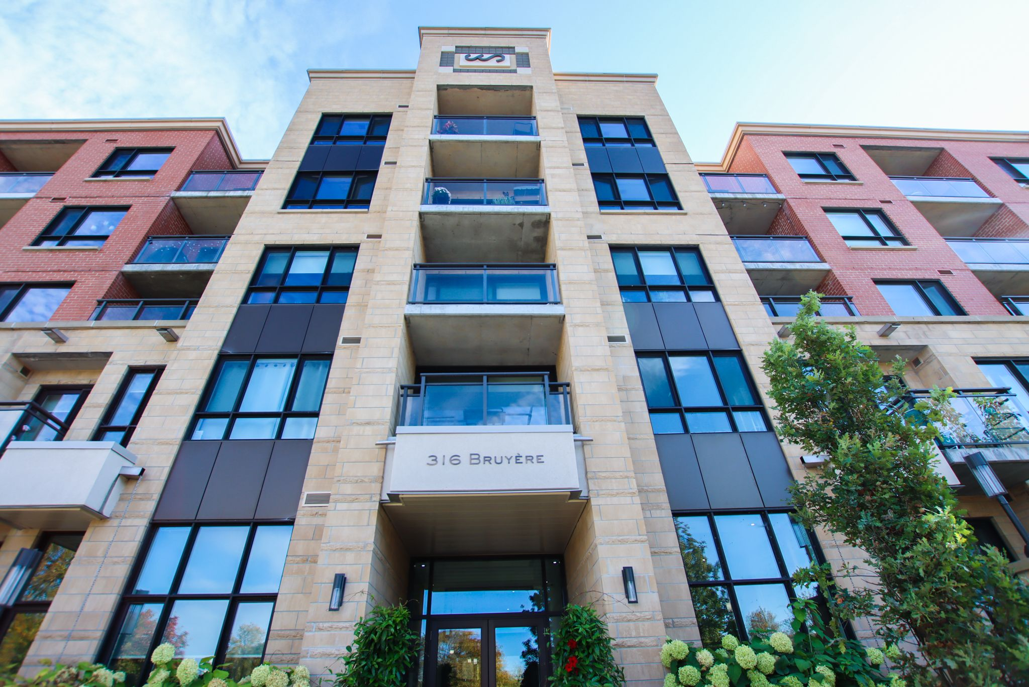 Welcome to 416-316 Bruyère Street!