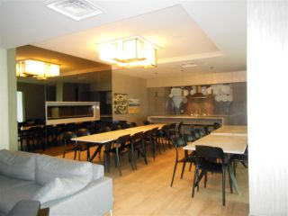 """Photo 12: 1805 125 E 14TH Street in North Vancouver: Central Lonsdale Condo for sale in """"Centreview Tower B"""" : MLS®# R2364010"""
