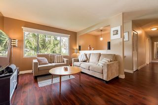 Photo 3: 9164 146A Street in Surrey: Home for sale : MLS®# R2048578