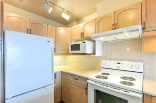 """Photo 2: 1505 1250 QUAYSIDE Drive in New Westminster: Quay Condo for sale in """"PROMENADE"""" : MLS®# R2252472"""