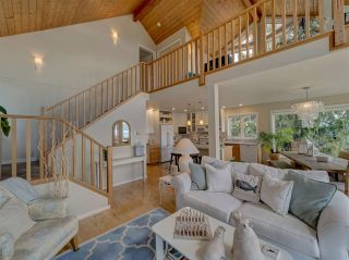 Photo 11: 481 CENTRAL Avenue in Gibsons: Gibsons & Area House for sale (Sunshine Coast)  : MLS®# R2491931