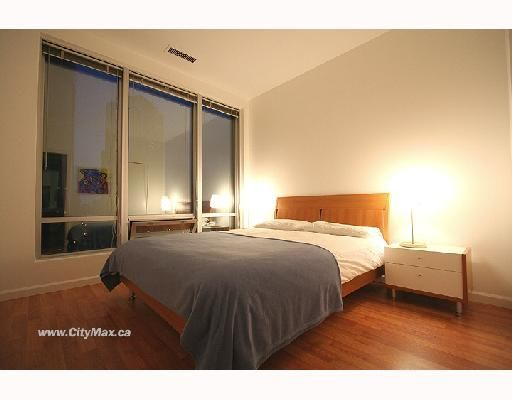 """Photo 3: Photos: 703 989 NELSON Street in Vancouver: Downtown VW Condo for sale in """"ELECTRA"""" (Vancouver West)  : MLS®# V663714"""