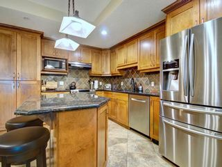 Photo 3:  in Edmonton: Attached Home for sale : MLS®# E4155965
