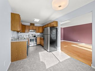 """Photo 5: 22 767 NORTH Road in Gibsons: Gibsons & Area Townhouse for sale in """"NORTH OAKS"""" (Sunshine Coast)  : MLS®# R2415333"""