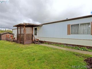 Photo 17: 61 1555 Middle Rd in VICTORIA: VR Glentana Manufactured Home for sale (View Royal)  : MLS®# 756727