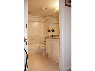 "Photo 15: 212 12155 191B Street in Pitt Meadows: Central Meadows Condo for sale in ""EDGEPARK MANOR"" : MLS®# V994713"