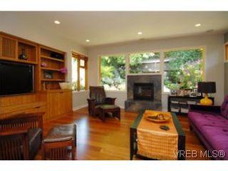 Photo 9: 1550 Shasta Pl in VICTORIA: Vi Rockland House for sale (Victoria)  : MLS®# 507015