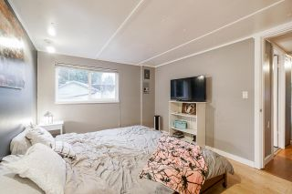"""Photo 18: 21 9132 120 Street in Surrey: Queen Mary Park Surrey Manufactured Home for sale in """"SCOTT PLAZA"""" : MLS®# R2526353"""