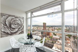 Photo 2: 2909 438 Seymour Street in Vancouver: Downtown VW Condo for sale (Vancouver West)  : MLS®# R2147153