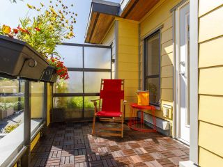 """Photo 39: 3790 COMMERCIAL Street in Vancouver: Victoria VE Townhouse for sale in """"BRIX"""" (Vancouver East)  : MLS®# R2487302"""