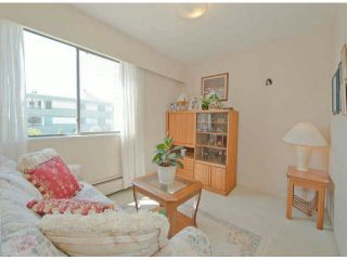 """Photo 12: # 202 15369 THRIFT AV: White Rock Condo for sale in """"Anthea Manor"""" (South Surrey White Rock)  : MLS®# F1317964"""