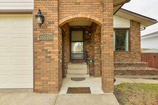 Photo 2: 15715 100 Street in Edmonton: Zone 27 House for sale : MLS®# E4245133