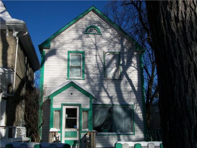 Main Photo: 245 Manitoba Avenue in WINNIPEG: North End Residential for sale (North West Winnipeg)  : MLS®# 1001765