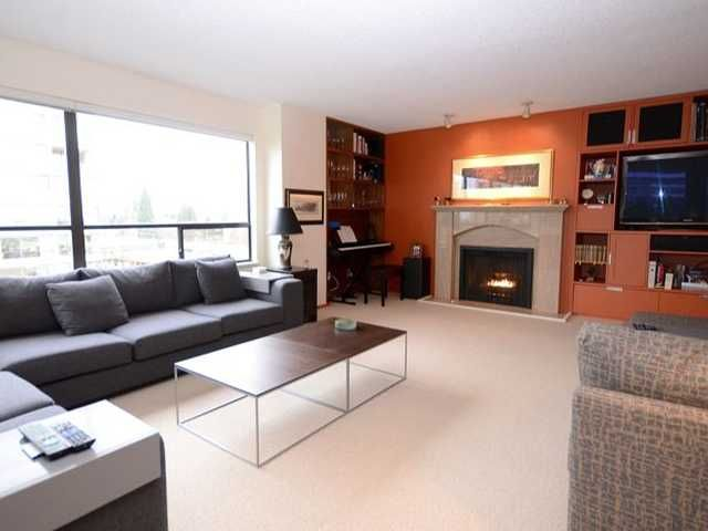 """Main Photo: 801 2150 W 40TH Avenue in Vancouver: Kerrisdale Condo for sale in """"WEDGEWOOD"""" (Vancouver West)  : MLS®# V921042"""