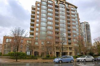 """Main Photo: 408 170 W 1ST Street in North Vancouver: Lower Lonsdale Condo for sale in """"ONE PARK LANE"""" : MLS®# R2618719"""