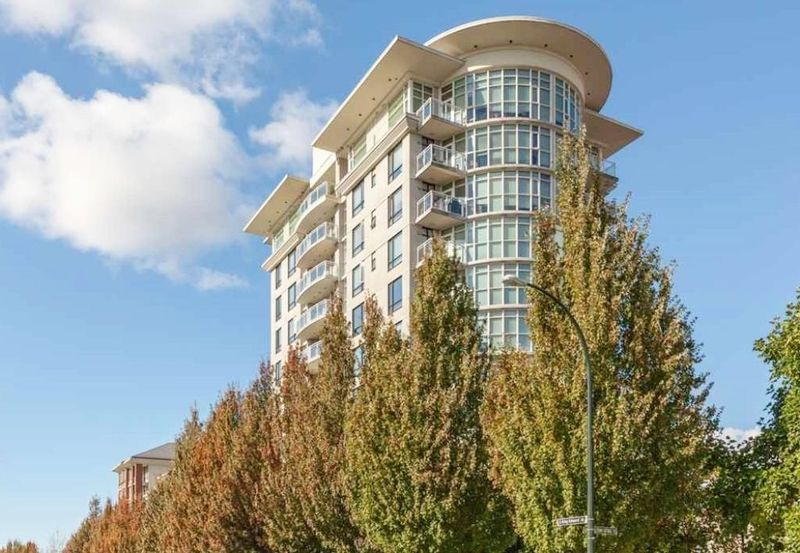 FEATURED LISTING: 556 - 1483 KING EDWARD Avenue Vancouver