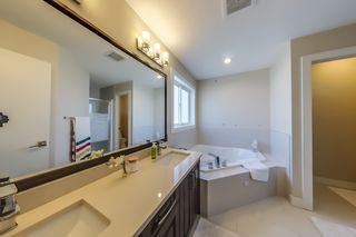 Photo 34: 3914 CLAXTON Loop in Edmonton: Zone 55 House for sale : MLS®# E4266341