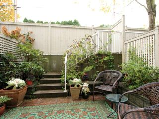 Photo 2: 4 3160 West 4th Ave in Avanti: Home for sale : MLS®# v918975