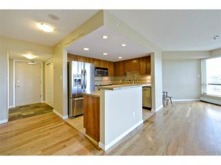 Photo 9: 1102 1088 6 Avenue SW in Calgary: Downtown West End Condo for sale : MLS®# C4004240